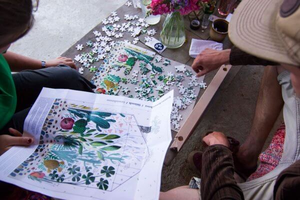 Puzzle kvetinový vzor Pucle Kristína Kemeníková zelené puzzle