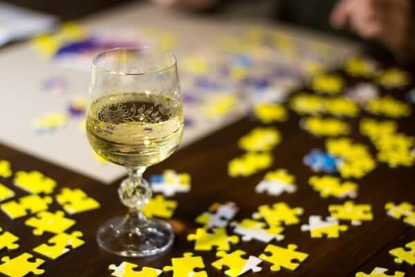 Aandrea Dobrin Dinu This is War puzzle Pucle puzzle bez lepidla Slovenské puzzle skladanie puzzle