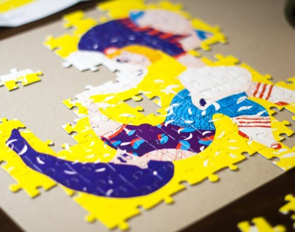 Aandrea Dobrin Dinu This is War puzzle Pucle puzzle bez lepidla Slovenské puzzle